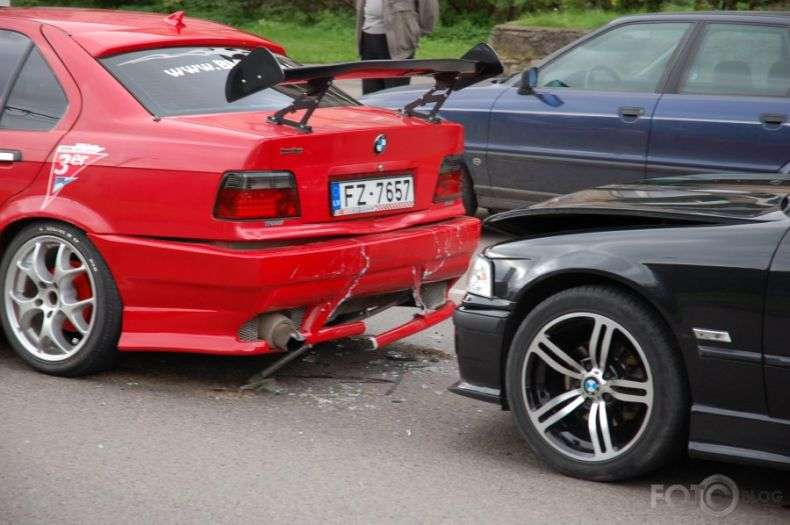 Як BMW один одного знайшли (6 фото)