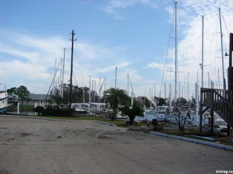 Яхти-жертви урагану Айк (33 фото)