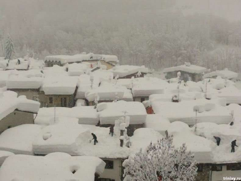Італію злегка завалило снігом (9 фото)