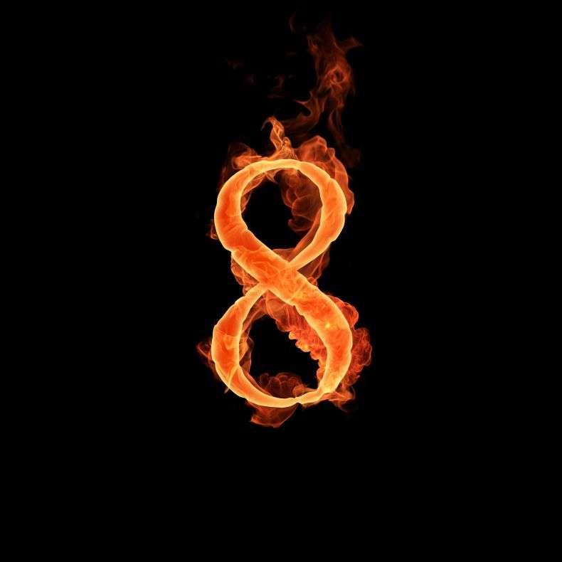 Просто красиво. Цифри у вогні (10 штук)