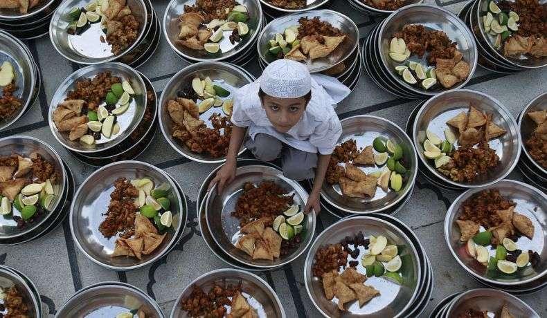 Рамадан в світі (35 фото)