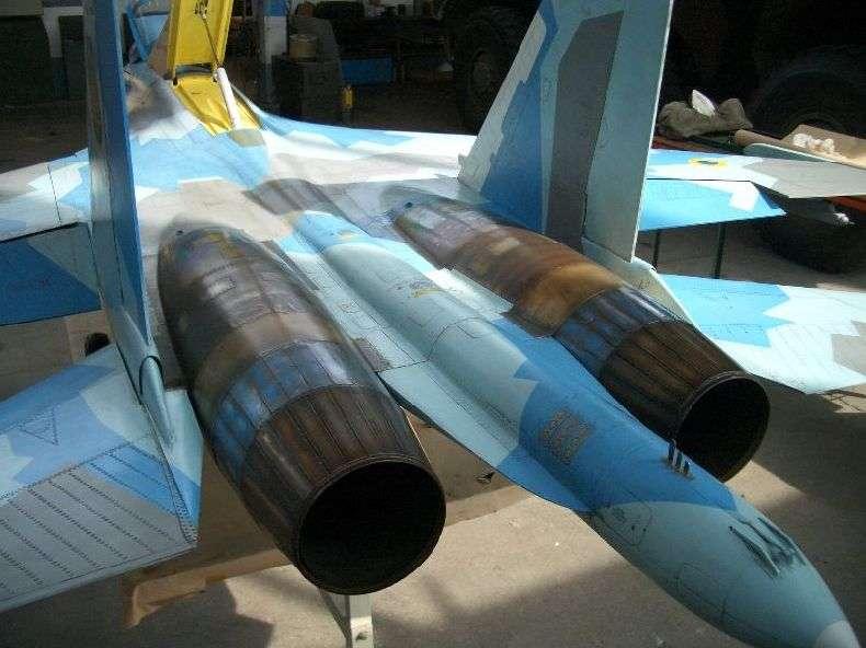 Дуже крута модель СУ-27 (98 фото)