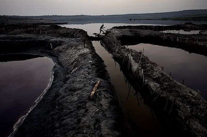 Видобуток солі в Уганді (11 фото)