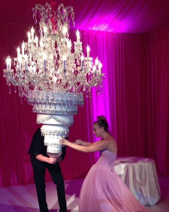 Торты на свадьбах знаменитостей, которые затмили собой все торжество Интересное