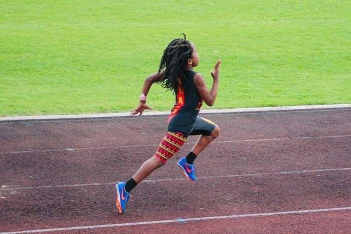 Самый быстрый мальчик в мире пробегает стометровку за 13,48 секунды Интересное