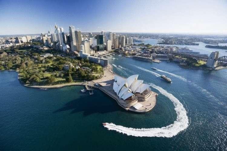 Размером с маленькую страну: 10 самых больших городов в мире