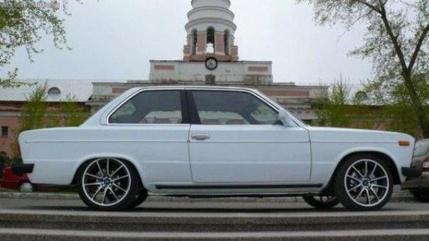 Рестайлинг автомобиля BMW, стилизованного под ВАЗ-2106 BMW