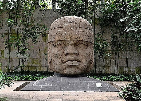 Что бы это значило? Так и неразгаданная тайна гигантских каменных голов древней цивилизации ольмеков археология