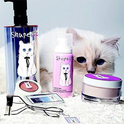 Шупетт осиротела: пользователи сети соболезнуют любимой кошке Карла Лагерфельда новости моды